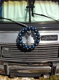Click image for larger version  Name:Airstream Wreath.JPG Views:129 Size:87.4 KB ID:147372