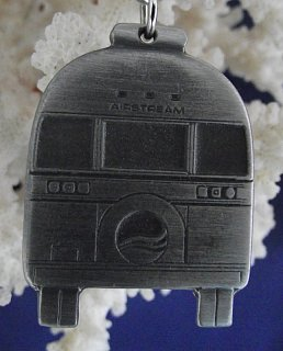 Click image for larger version  Name:Airstream Keychain rear.jpg Views:113 Size:73.2 KB ID:147774