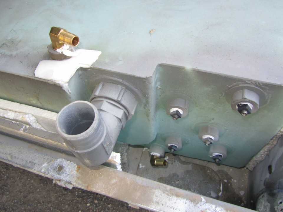 Click image for larger version  Name:Vent repair.JPG Views:94 Size:130.2 KB ID:149171