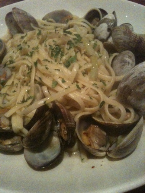 Click image for larger version  Name:Lingine and Clams Boca 012012.JPG Views:40 Size:144.0 KB ID:149468