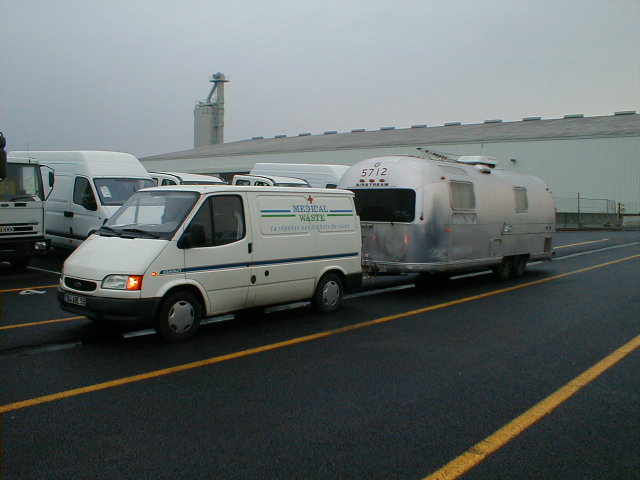 Click image for larger version  Name:ford&airstream.jpg Views:341 Size:58.6 KB ID:1496