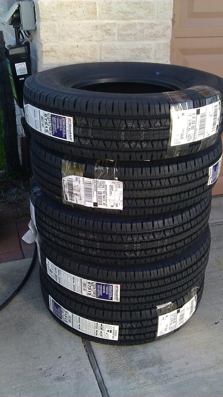Click image for larger version  Name:Tires.jpg Views:54 Size:210.5 KB ID:149616