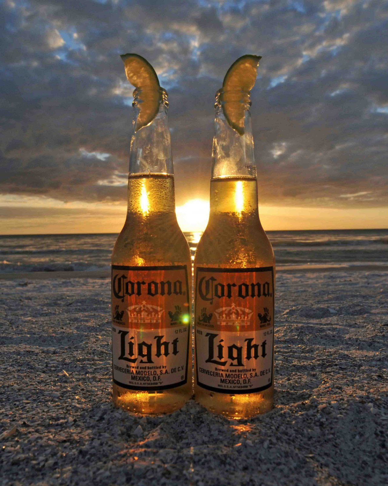 Click image for larger version  Name:Corona-Sunset-Web.jpg Views:75 Size:317.5 KB ID:150393