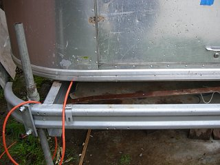 Click image for larger version  Name:airstream door and bumper 003.jpg Views:330 Size:235.9 KB ID:150874