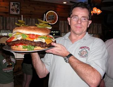 Click image for larger version  Name:worlds_biggest_burger (1).jpg Views:47 Size:20.4 KB ID:151866
