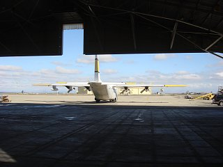 Click image for larger version  Name:C-130 first trip in hanger 011.jpg Views:90 Size:187.4 KB ID:151875