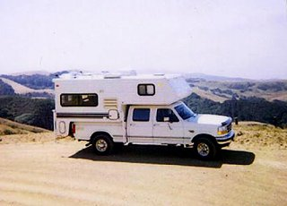 Click image for larger version  Name:97 Powerstroke with camper August of 2000.jpg Views:66 Size:57.8 KB ID:153023