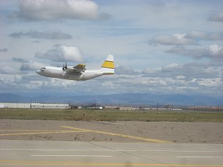 Click image for larger version  Name:C-130waterdrops 5.jpg Views:78 Size:173.4 KB ID:153579