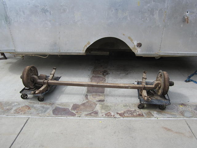 Click image for larger version  Name:'58 axle.jpg Views:93 Size:48.9 KB ID:154325