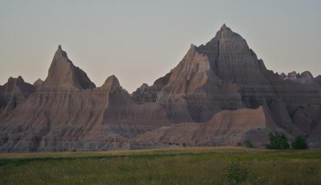Click image for larger version  Name:Badlands NP copy.jpeg Views:53 Size:47.6 KB ID:155005