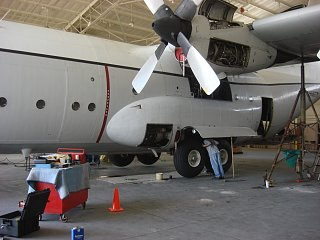 Click image for larger version  Name:c-130 jacking 002.jpg Views:68 Size:223.4 KB ID:155098