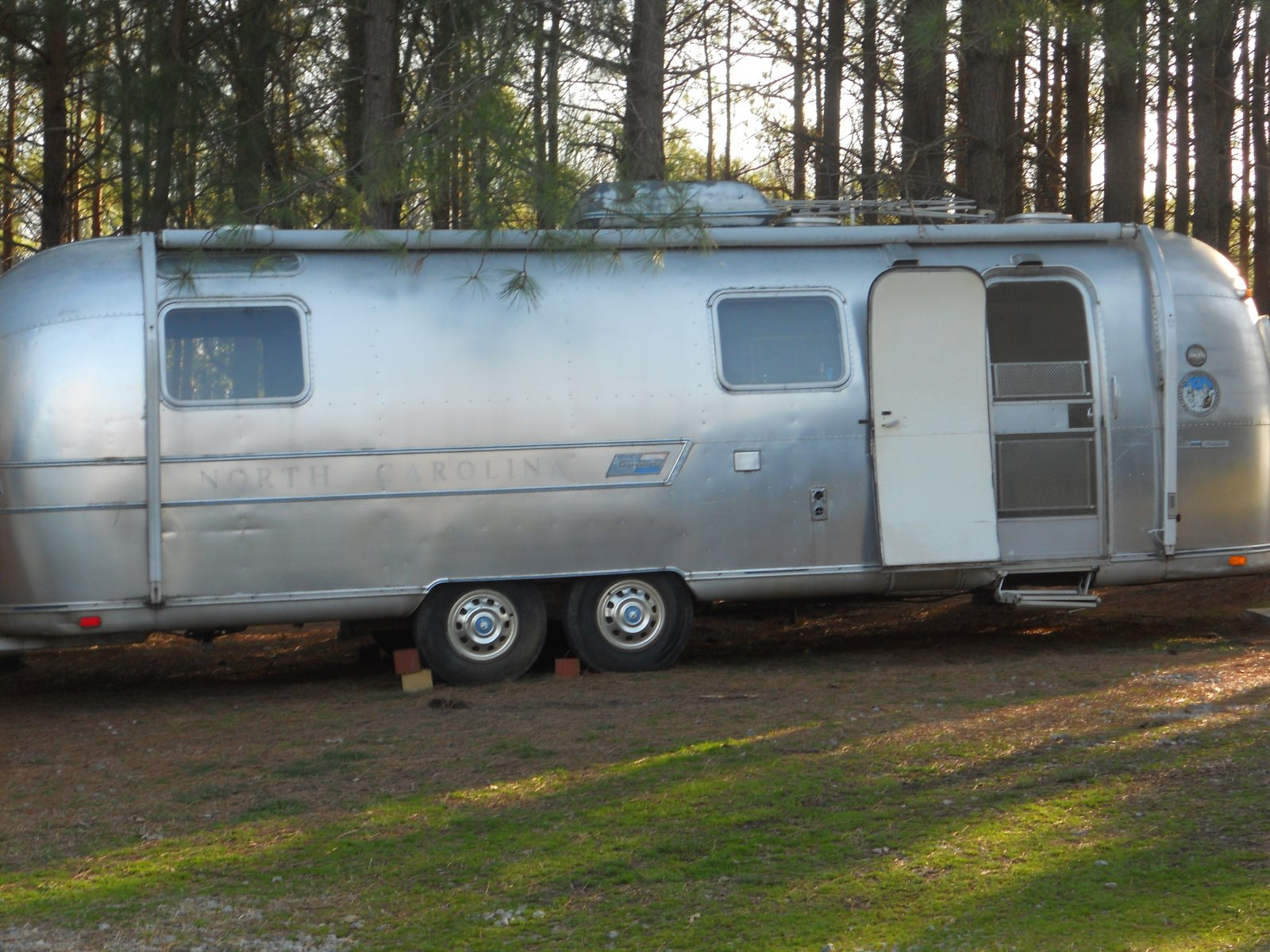 Click image for larger version  Name:Airstream 014.jpg Views:346 Size:346.2 KB ID:156133