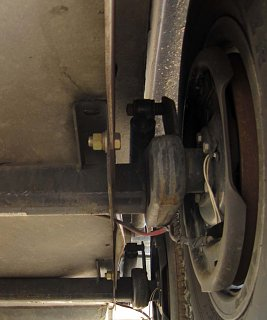 Click image for larger version  Name:Warped Axle Mounting Plate.jpg Views:179 Size:98.2 KB ID:156239