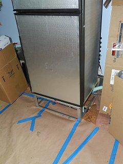 Click image for larger version  Name:0421 fridge frame.jpg Views:164 Size:266.7 KB ID:156413