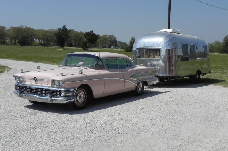 Click image for larger version  Name:Buick and Airstream.jpg Views:123 Size:129.4 KB ID:157327