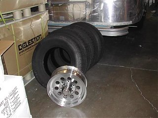 Click image for larger version  Name:wheels.jpg Views:66 Size:70.7 KB ID:15786