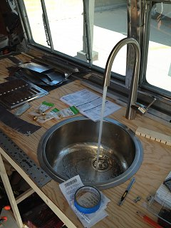 Click image for larger version  Name:Airstream running water.jpg Views:105 Size:289.8 KB ID:158299