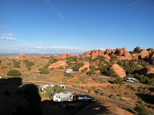 Click image for larger version  Name:Devil's Garden, Arches NP.jpg Views:70 Size:126.8 KB ID:158707