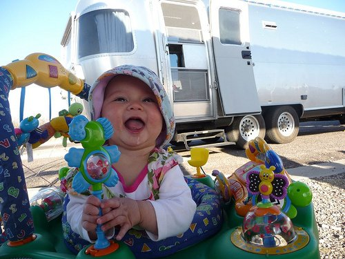 Click image for larger version  Name:2 happy baby.jpg Views:97 Size:59.4 KB ID:159836