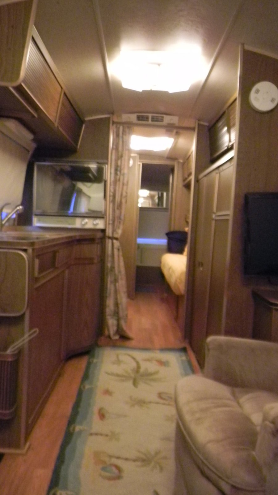 Click image for larger version  Name:airstream 084.jpg Views:145 Size:160.3 KB ID:160132