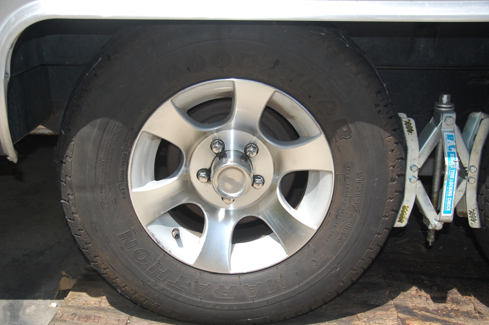 """Click image for larger version  Name:DSC_0123 14"""" Tires.jpg Views:59 Size:361.9 KB ID:160526"""
