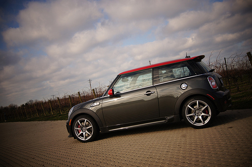 Click image for larger version  Name:MINI JCW.jpg Views:78 Size:94.9 KB ID:162166