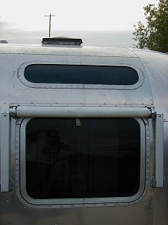 Click image for larger version  Name:Airstream vista repair 012.jpg Views:266 Size:165.2 KB ID:162610