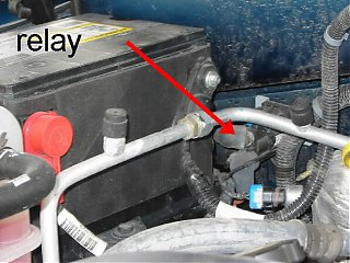 Click image for larger version  Name:aux batt & relay.jpg Views:653 Size:54.7 KB ID:1632