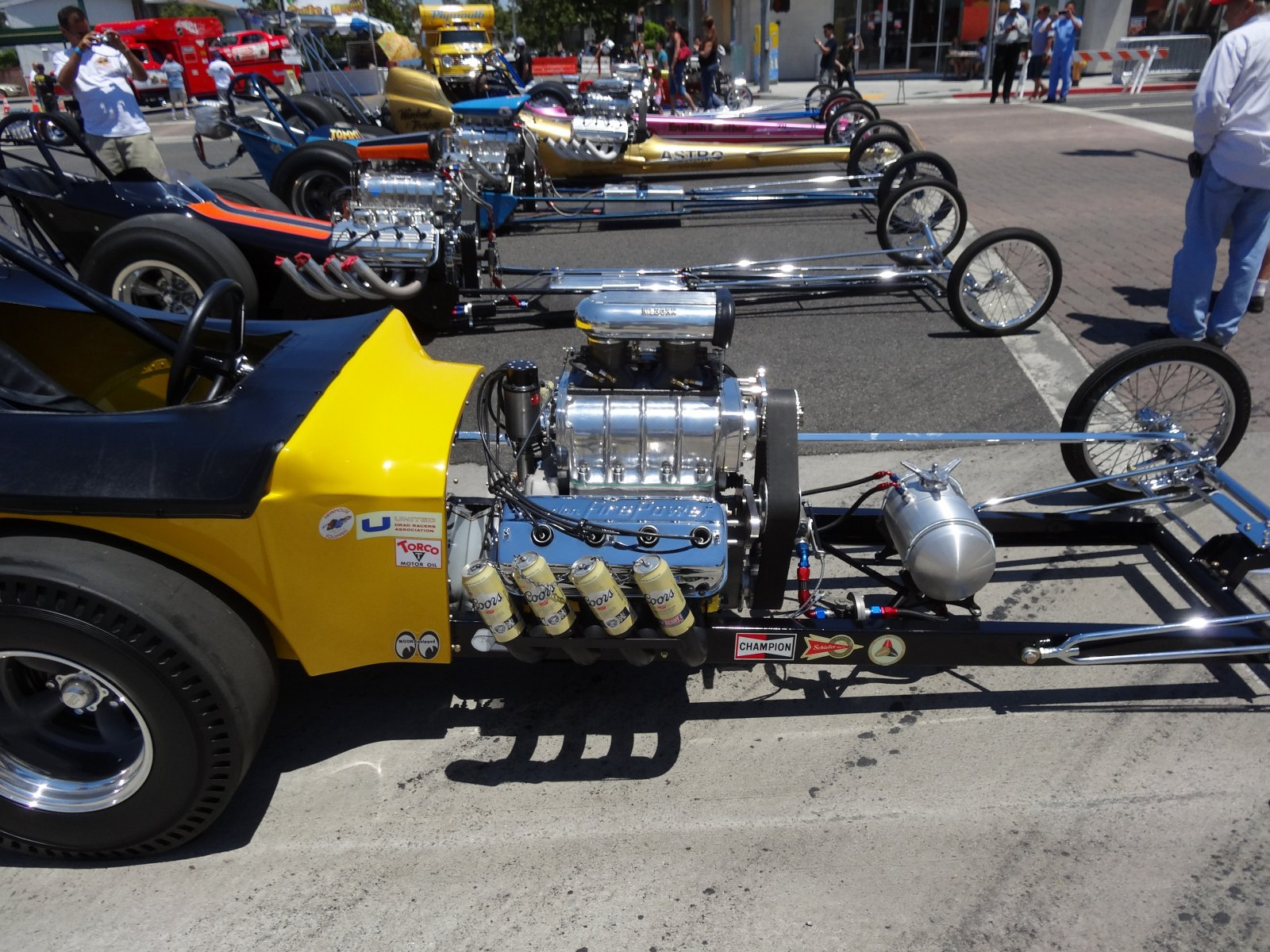 Click image for larger version  Name:Long Beach Car Show 001RS.jpg Views:65 Size:403.6 KB ID:163430