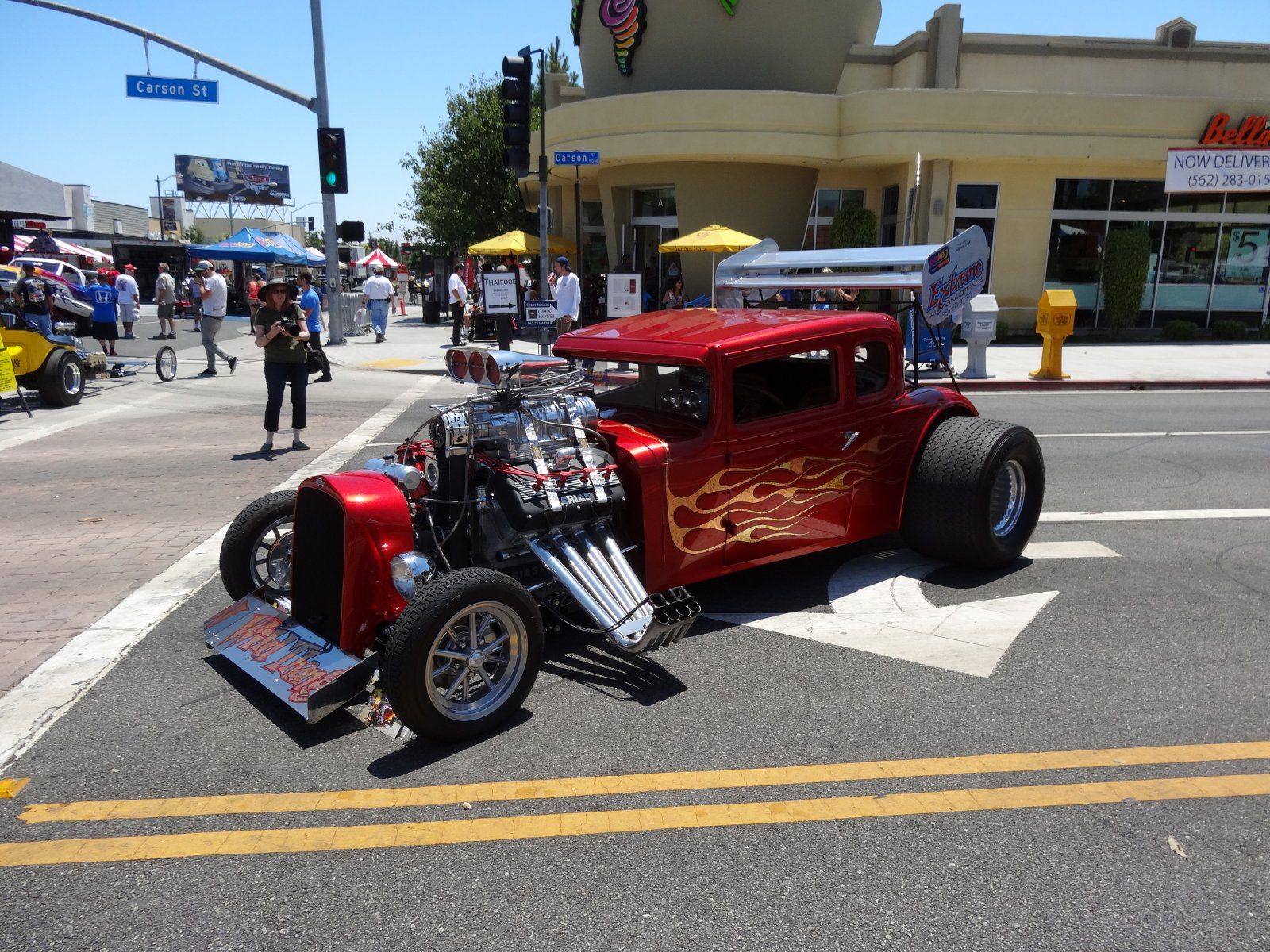 Click image for larger version  Name:Long Beach Car Show 009RS.jpg Views:61 Size:463.9 KB ID:163431