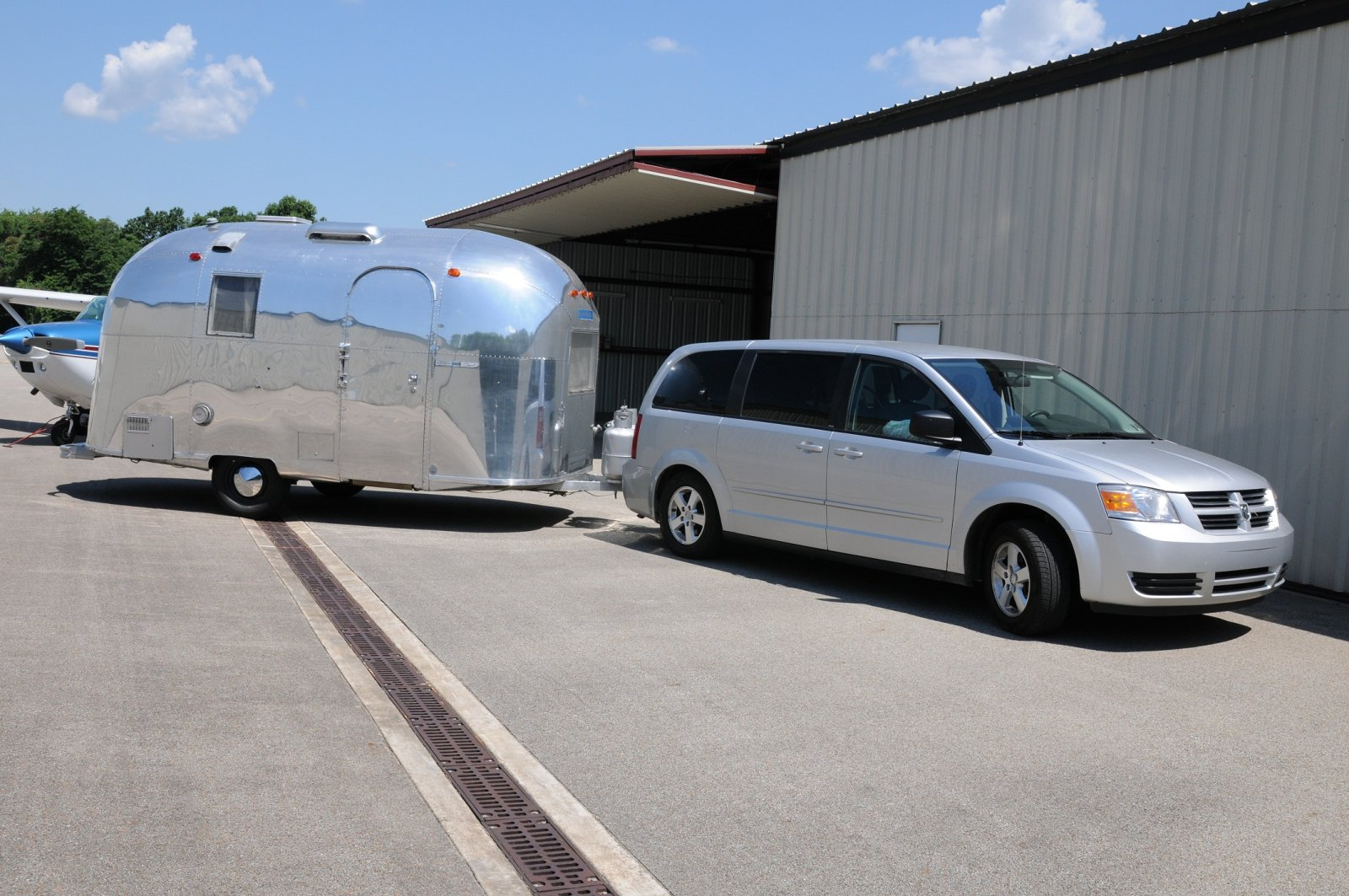 Click image for larger version  Name:AS and Caravan.jpg Views:128 Size:295.4 KB ID:163642