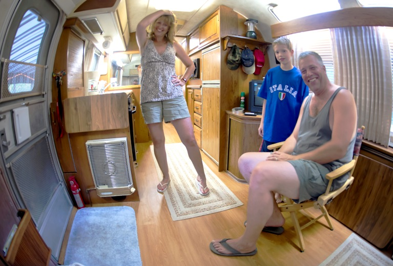 Click image for larger version  Name:interior fish eye 3 small.jpg Views:149 Size:132.8 KB ID:163870