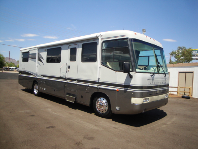 Click image for larger version  Name:1540AirstreamLandYacht1995003.jpg Views:94 Size:138.4 KB ID:164155