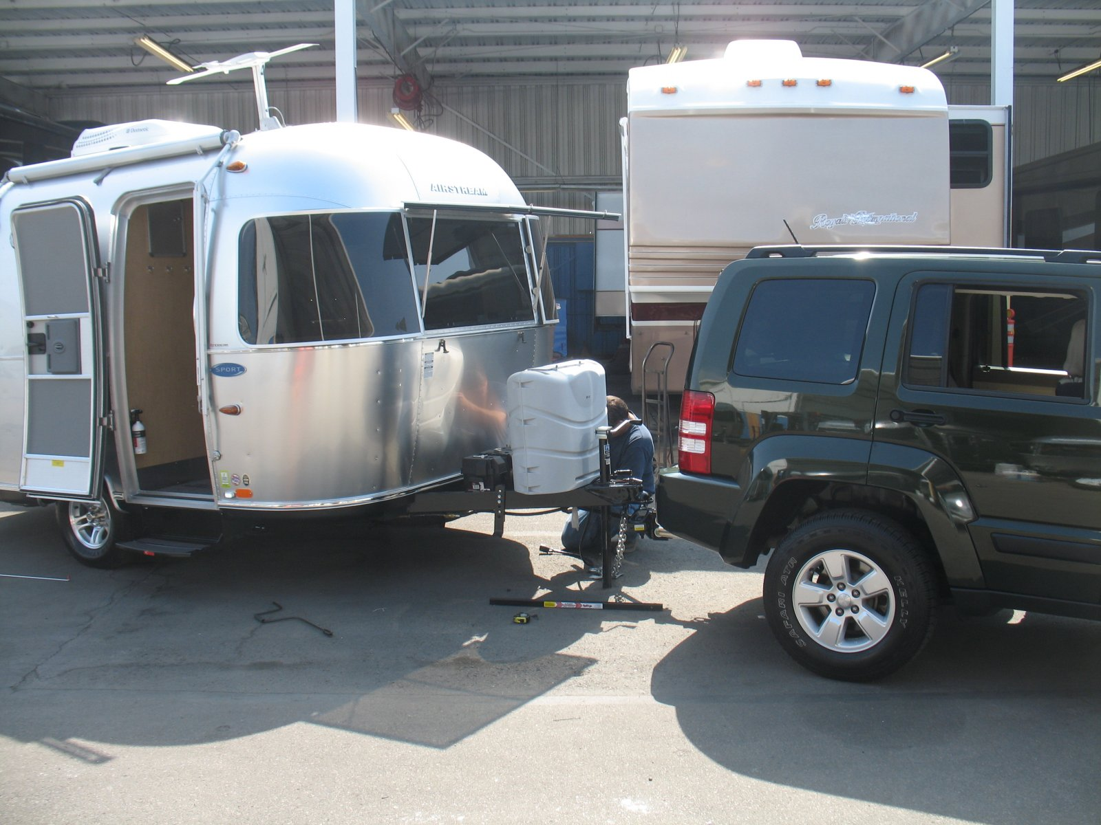 Click image for larger version  Name:Picking up the Airstream 004.jpg Views:44 Size:264.7 KB ID:164989