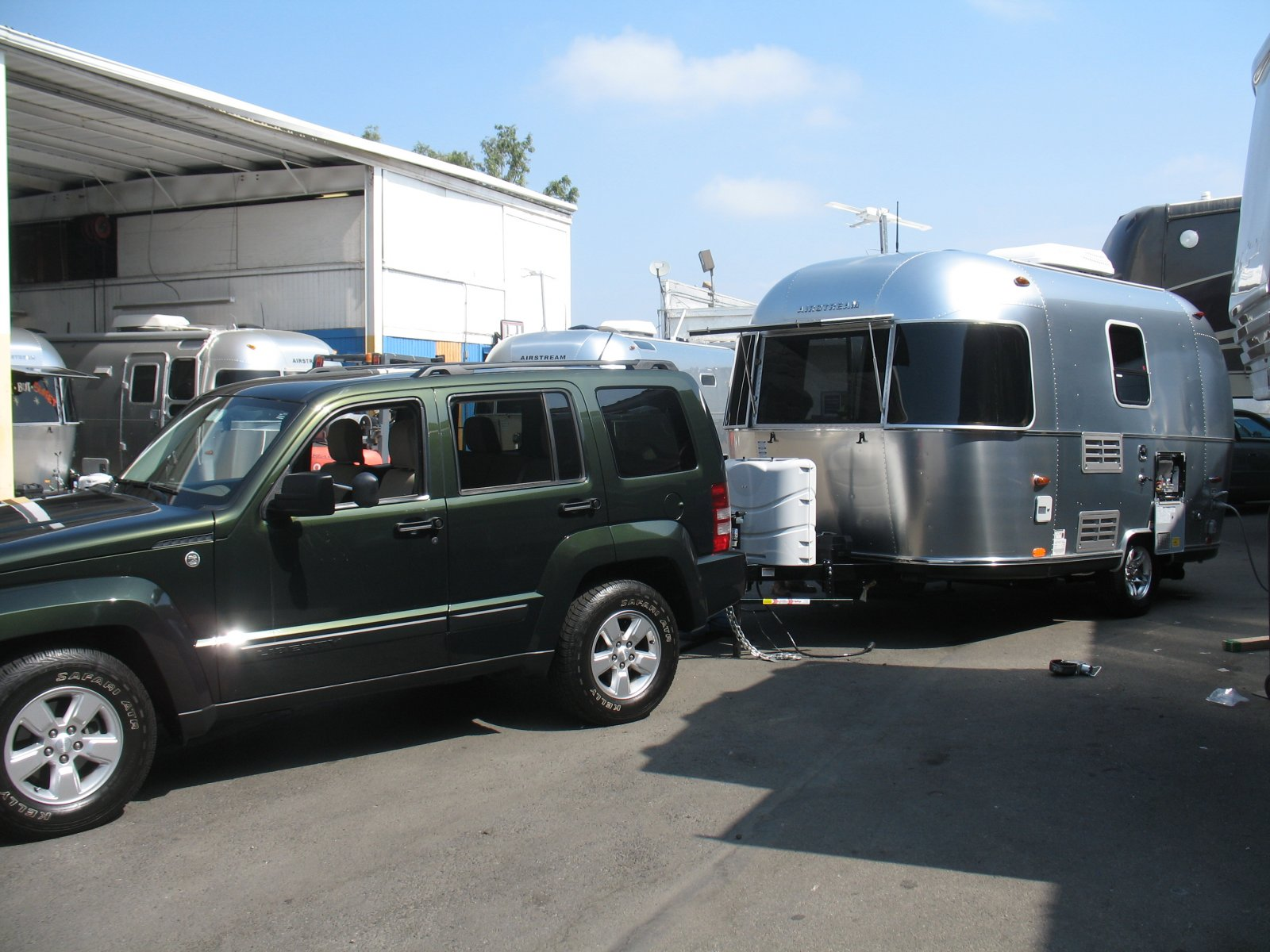 Click image for larger version  Name:Picking up the Airstream 006.jpg Views:44 Size:261.4 KB ID:164990