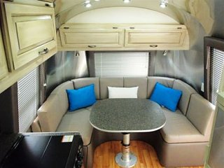 Click image for larger version  Name:AirstreamDinette.jpg Views:147 Size:24.0 KB ID:165021