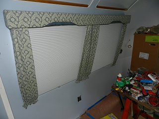 Click image for larger version  Name:0809 curtains 01.jpg Views:162 Size:268.7 KB ID:165318