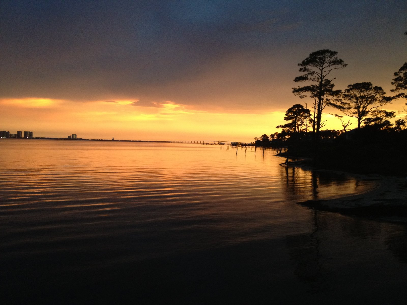 Click image for larger version  Name:Sunset at Navarre Beach Campground.jpg Views:43 Size:236.1 KB ID:165483