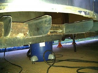 Click image for larger version  Name:Outriggers going in.jpg Views:355 Size:56.8 KB ID:167189