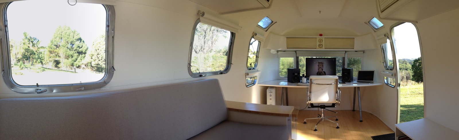 Click image for larger version  Name:1974AirstreamTradewindForward.jpg Views:126 Size:172.6 KB ID:167336