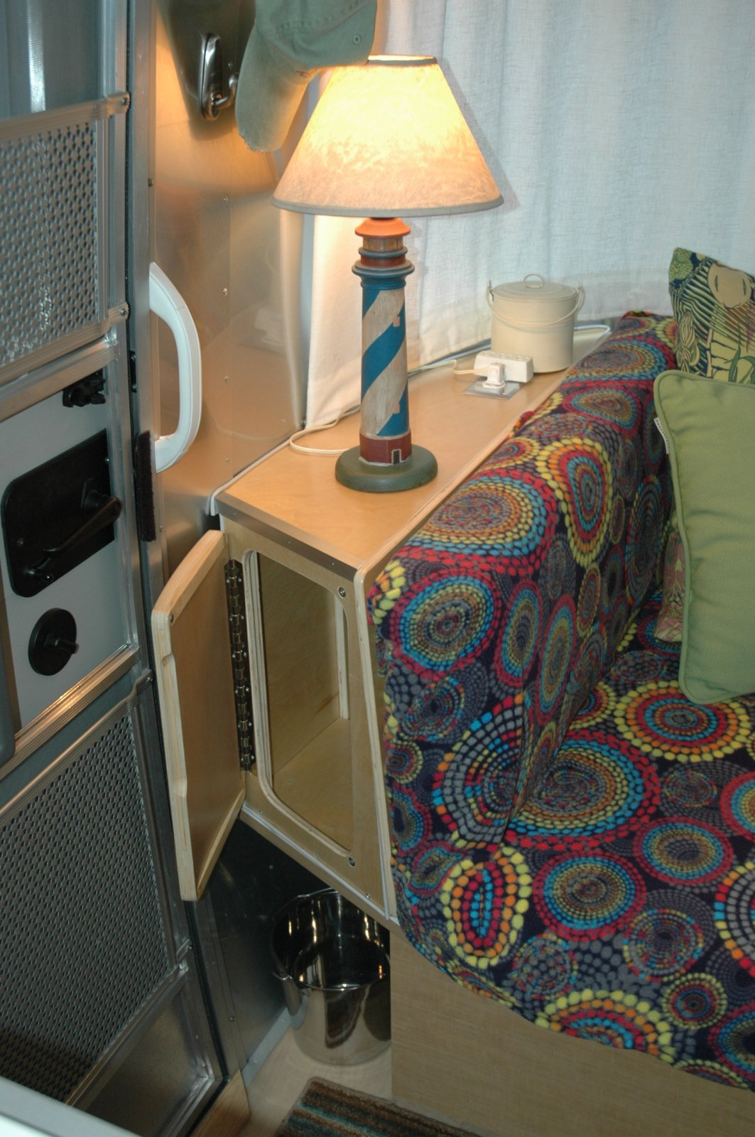 Click image for larger version  Name:airstream modification 006.jpg Views:171 Size:276.6 KB ID:168651