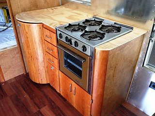 Click image for larger version  Name:Stove top painted.jpg Views:153 Size:329.9 KB ID:169189