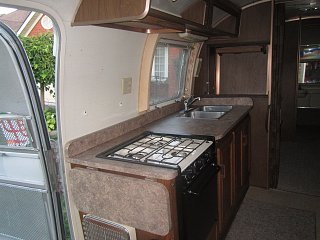 Click image for larger version  Name:Airstream 013.jpg Views:113 Size:302.5 KB ID:170054