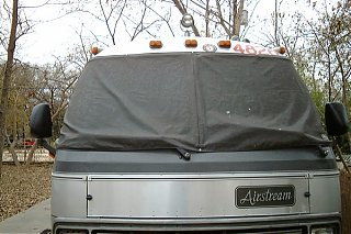 Click image for larger version  Name:Airstream awning 008.jpg.small.jpg Views:134 Size:259.1 KB ID:17142
