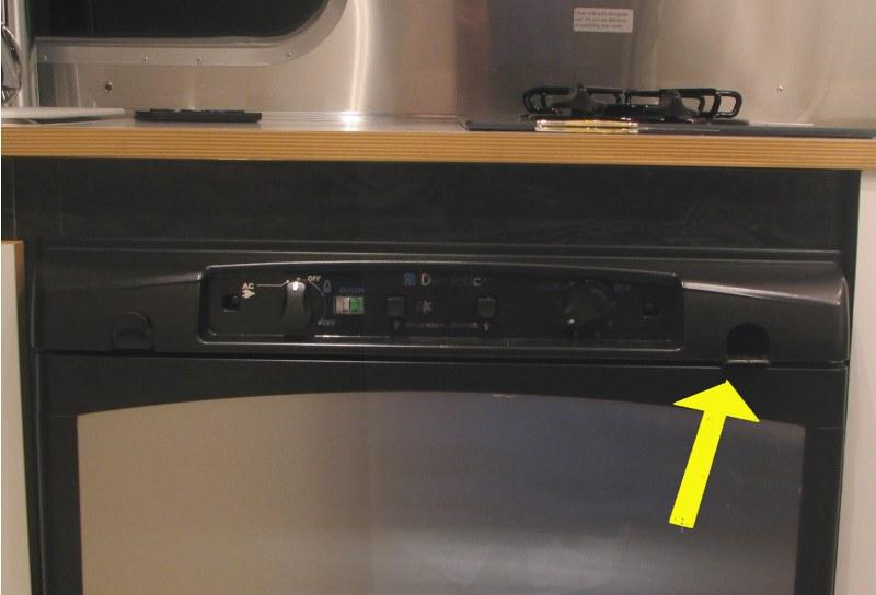 Click image for larger version  Name:fridge.jpg Views:103 Size:54.3 KB ID:17187