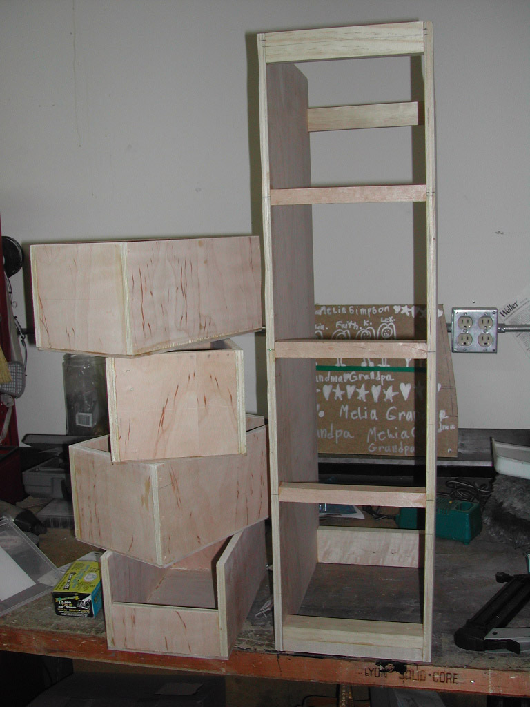 Click image for larger version  Name:drawers3.jpg Views:96 Size:190.7 KB ID:17224