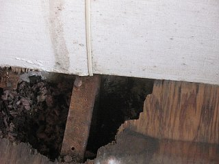 Click image for larger version  Name:floor rot next to furnace.jpg Views:419 Size:139.0 KB ID:172339