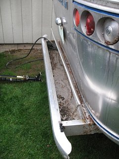 Click image for larger version  Name:rear bumper B4.jpg Views:400 Size:144.2 KB ID:172349