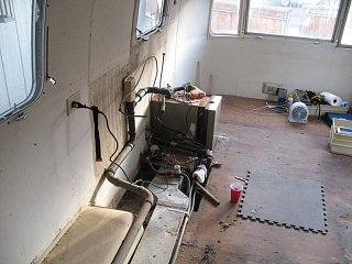 Click image for larger version  Name:forward kitchen removal.jpg Views:353 Size:139.4 KB ID:172389