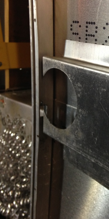 Click image for larger version  Name:door latch hole small.jpg Views:135 Size:86.1 KB ID:172680